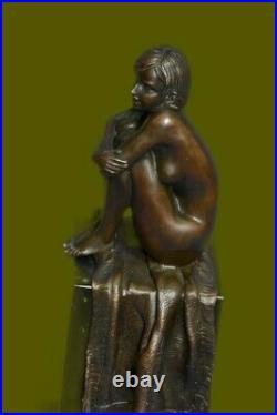 100% Solid Genuine Bronze Nude Lady Sitting Bronze Sculpture Hand Made Statue