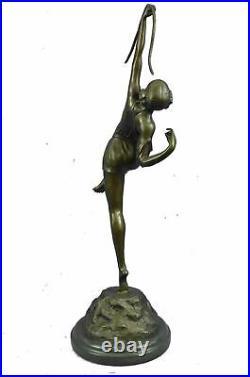 Hand Made Bronze Figure Diana Goddess Of The Hunt From Langer Sculpture Arrow