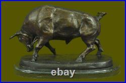 Hand Made Bronze Marble Sculpture Statue Bull Hot Cast Stock Market Figurine