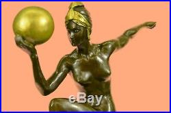 Hand Made Bronzes Art Deco Metalware French Art Gilt Bronze Figurine Statue