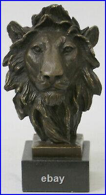 Hand Made Genuine Bronze Museum Quality Wildlife Animal Lion Statue Decorative