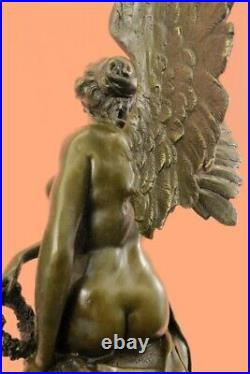 Hand Made Reproduction of Winged Victory Sculpture Nike Of Samothrace Statue